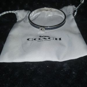 F39599 Coach Silver Hinged Bangle Iconic Glitter